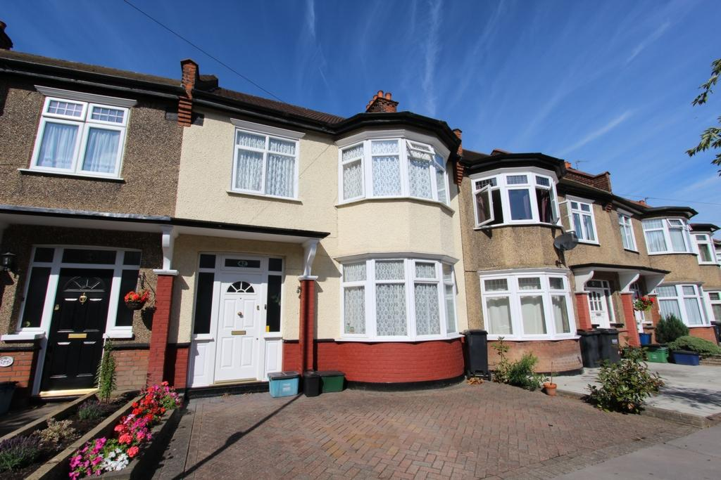3 Bedrooms Terraced House for sale in Fernhurst Road, Addiscombe, CR0
