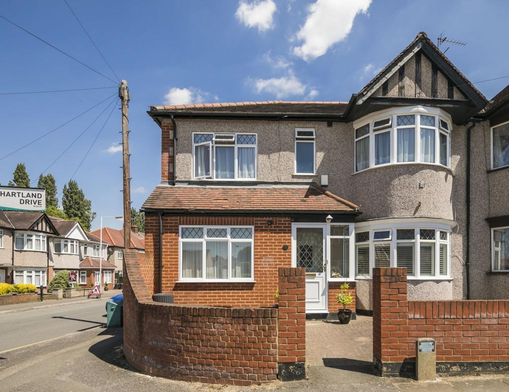 5 Bedrooms End Of Terrace House for sale in Hartland Drive, Pinner, HA4