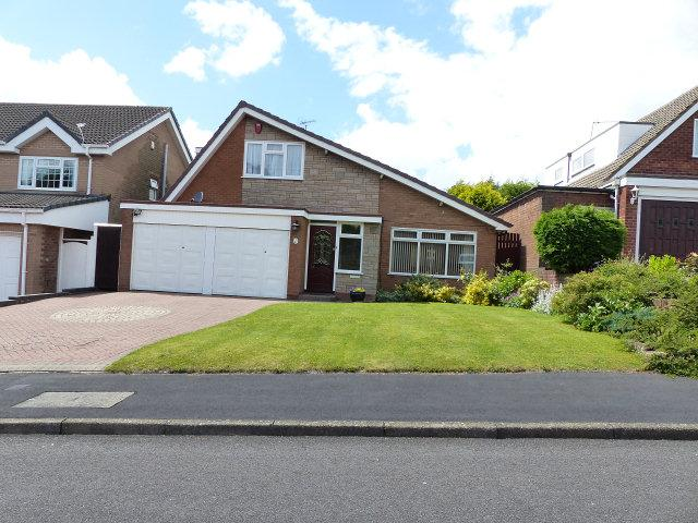 4 Bedrooms Bungalow for sale in Packwood Drive,Great Barr,Birmingham