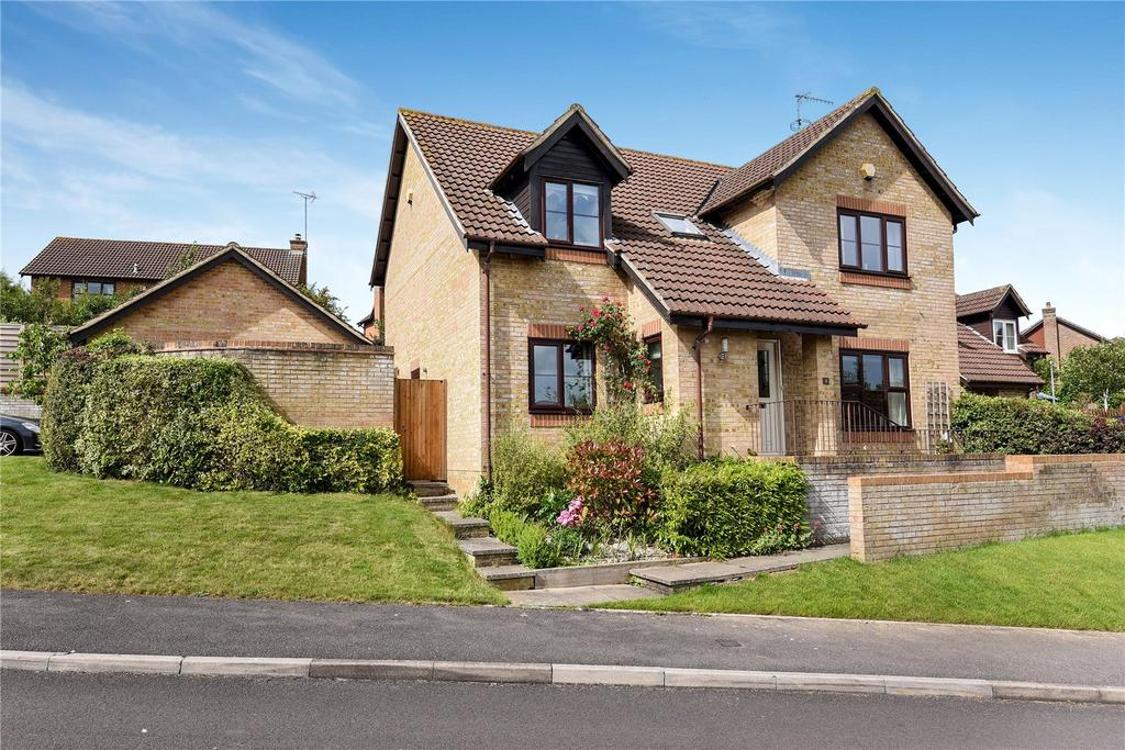 4 Bedrooms Detached House for sale in Thomson Way, Marlborough, Wiltshire