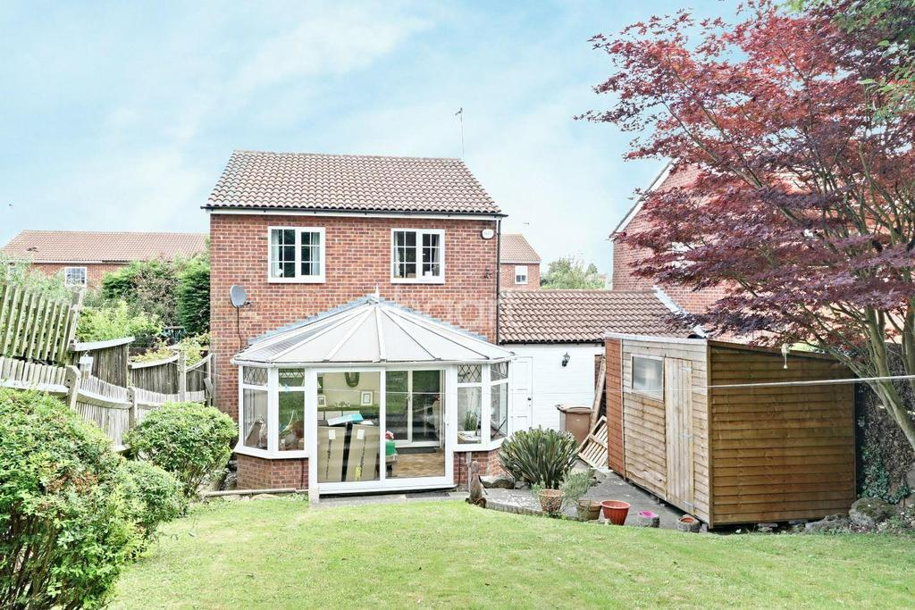 3 Bedrooms Detached House for sale in Lovely In Lindsay