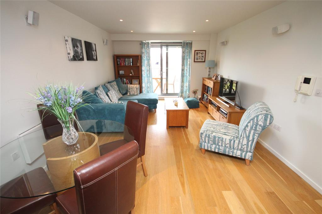 2 Bedrooms Flat for sale in Castlegate, Chester Road, Castlefield, Manchester, M15