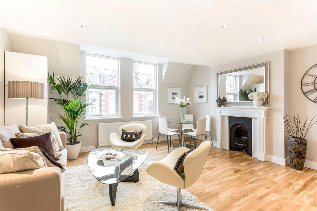 3 Bedrooms Flat for sale in Broadway Parade, London, N8
