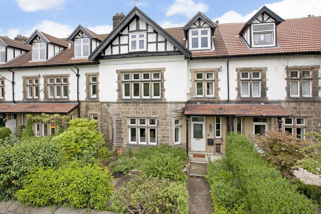 6 Bedrooms Terraced House for sale in Bolling Road, Ben Rhydding, Ilkley