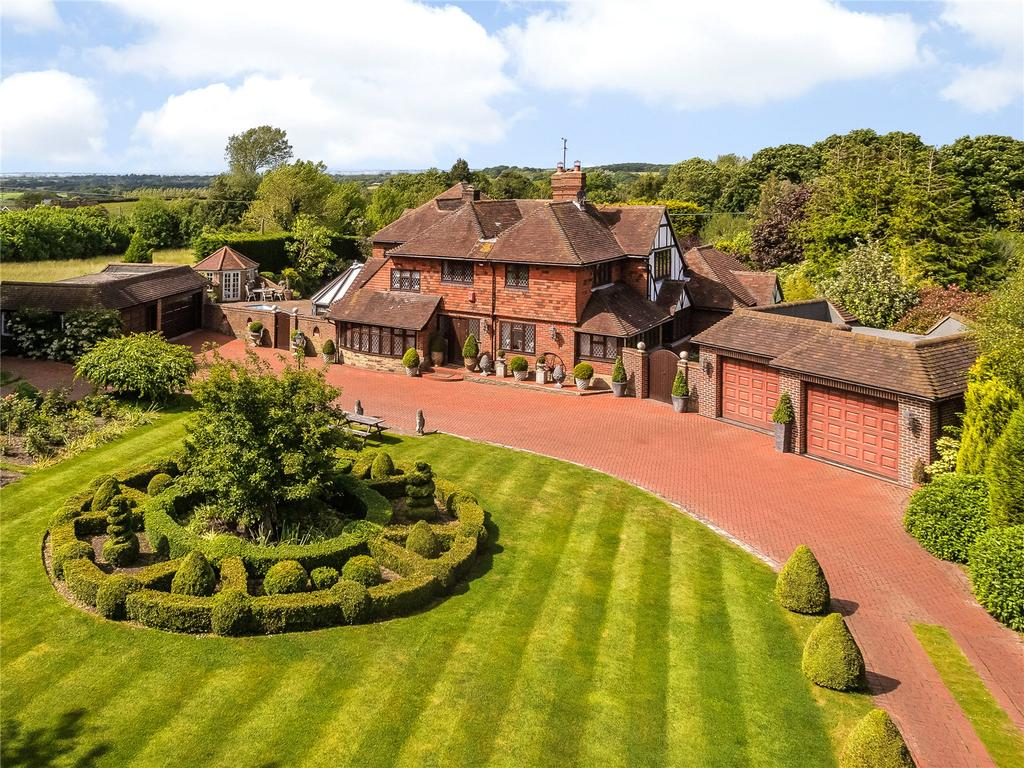 5 Bedrooms Detached House for sale in Poynings Road, Fulking, Henfield, West Sussex