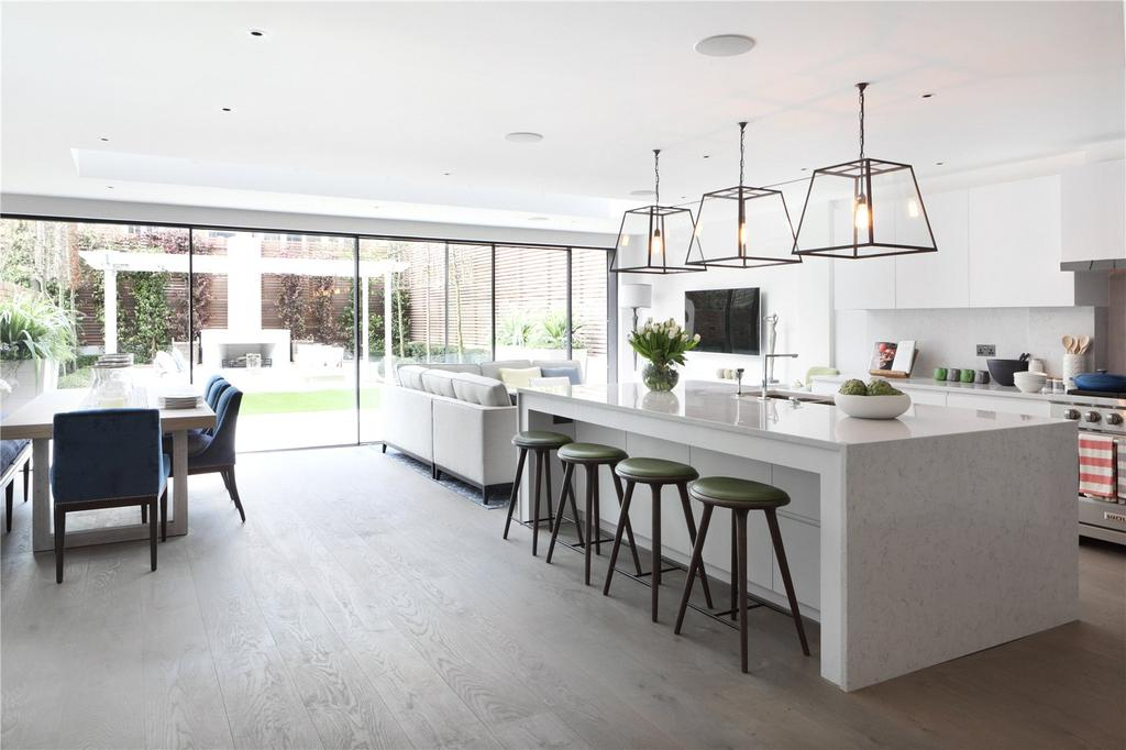 5 Bedrooms House for sale in Netherton Grove, London