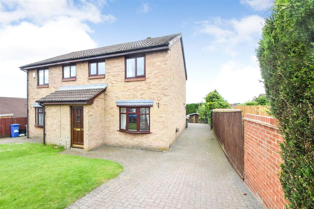 3 Bedrooms Semi Detached House for sale in Windslonnen, Murton, Seaham, Co. Durham, SR7