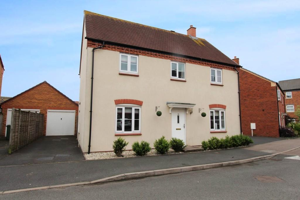 4 Bedrooms Detached House for sale in Valley Drive, Wilnecote