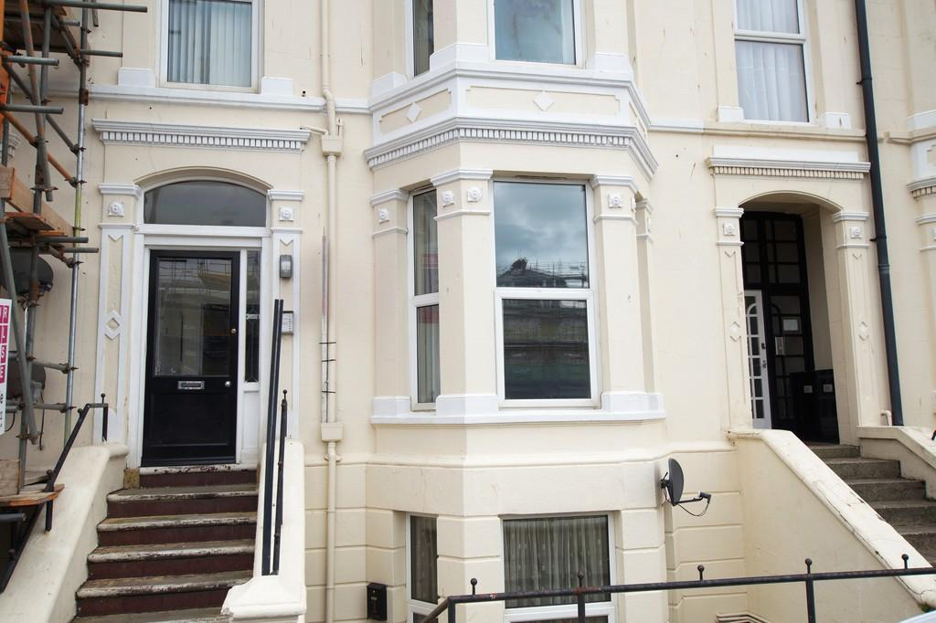 1 Bedroom Ground Flat for sale in Albion Terrace, Bridlington