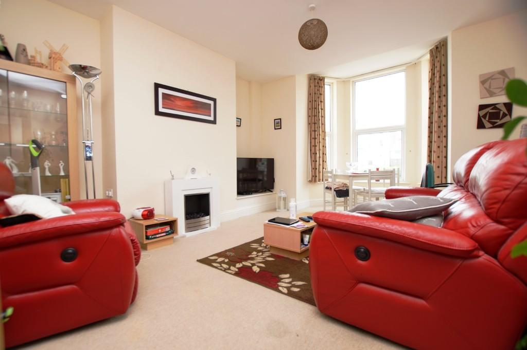 1 Bedroom Ground Flat for sale in Albion Terrace, Bridlington
