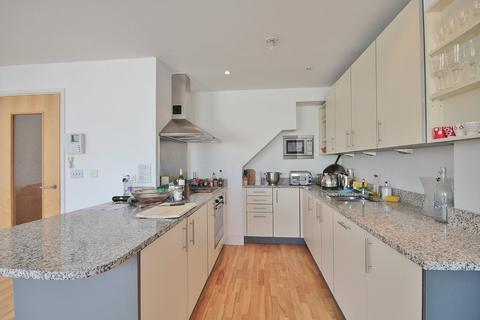 2 bedroom flat to rent - Oxford Castle, Central Oxford,