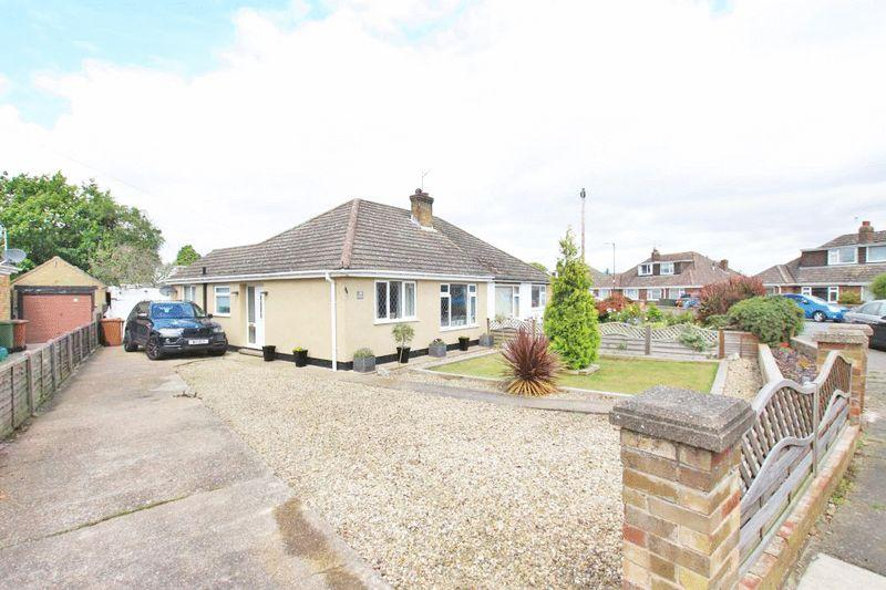 2 Bedrooms Semi Detached Bungalow for sale in SPRINGWOOD CRESCENT, SCARTHO