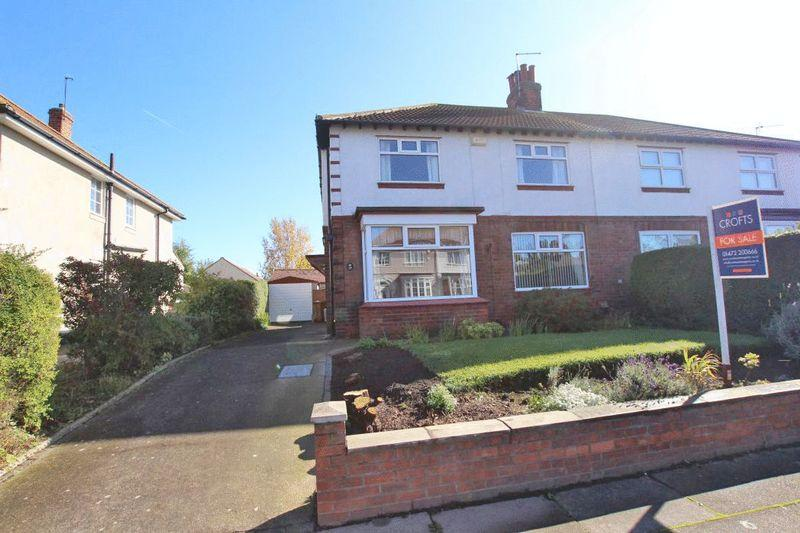 3 Bedrooms Semi Detached House for sale in WELHOLME AVENUE, GRIMSBY