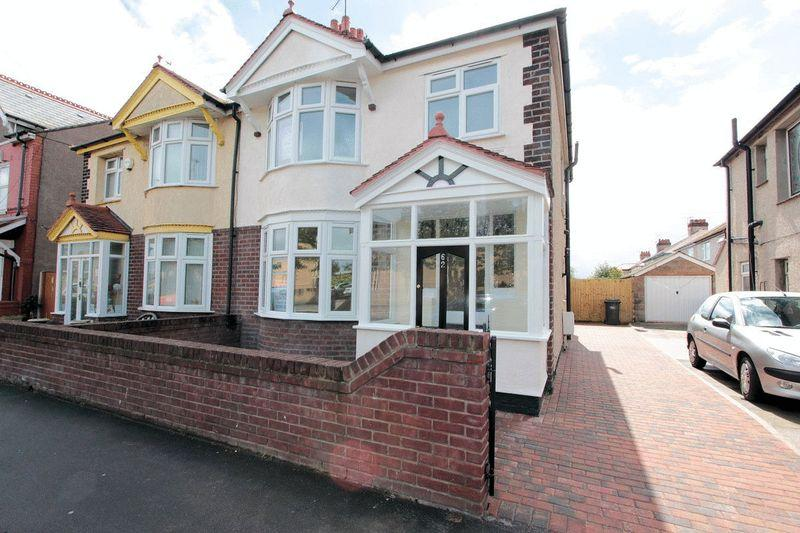 3 Bedrooms Semi Detached House for sale in Marsh Road, Rhyl