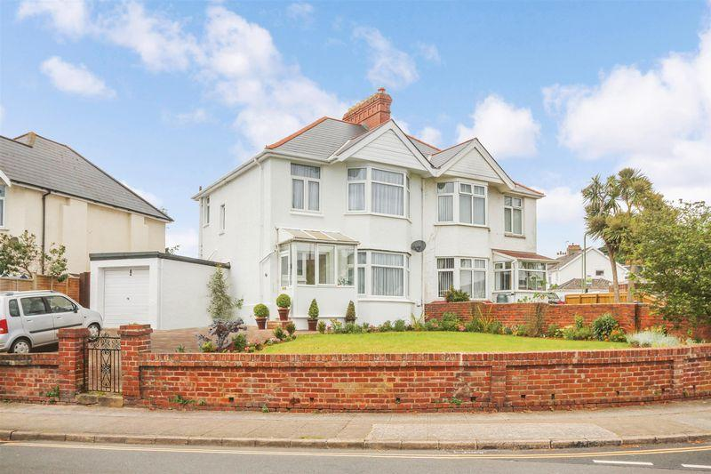 3 Bedrooms Semi Detached House for sale in Old Torquay Road, Preston, Paignton
