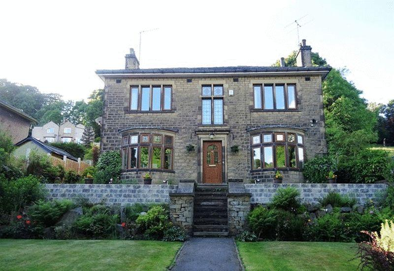 4 Bedrooms Detached House for sale in Rochdale Road, Sowerby Bridge