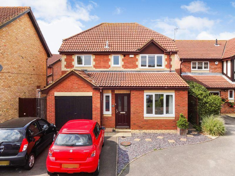 4 Bedrooms Detached House for sale in Denton Drive, Marston Moretaine