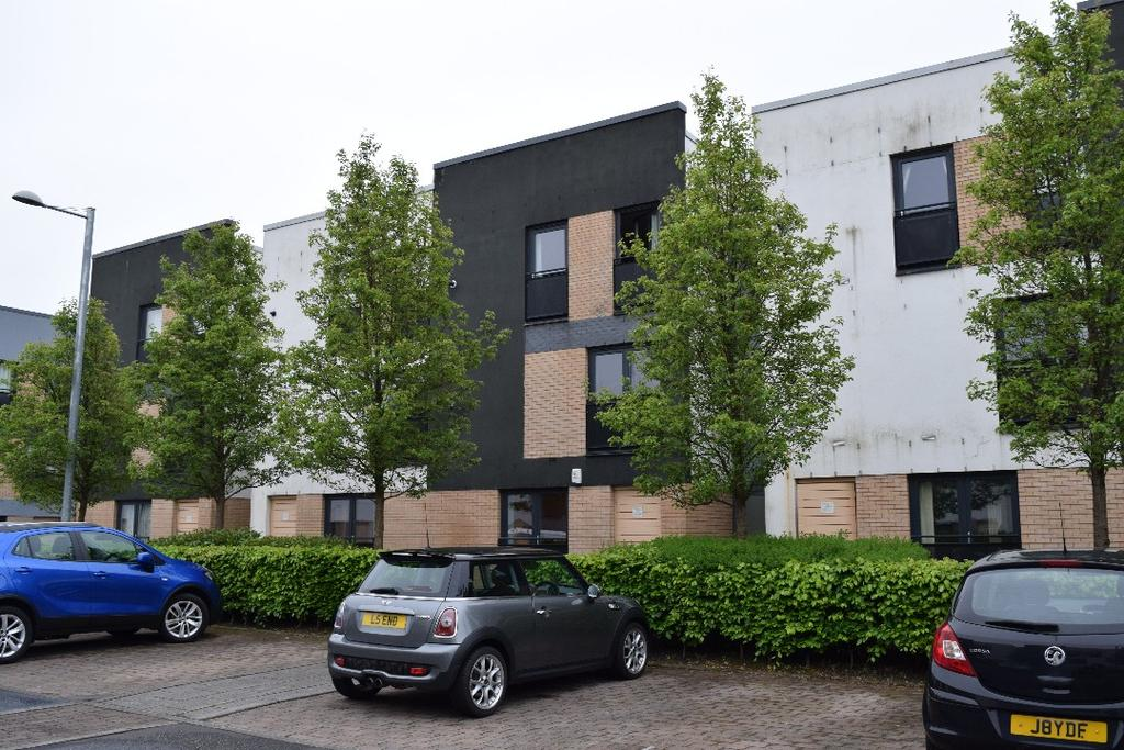2 Bedrooms Flat for sale in Firpark Close, Flat 0/1, Dennistoun, Glasgow, G31 2HL