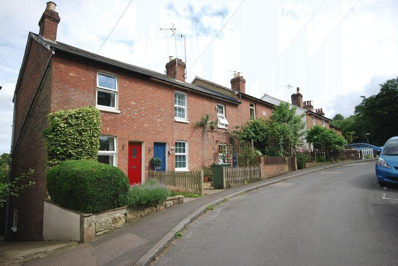3 Bedrooms End Of Terrace House for sale in Apsley Street, Tunbridge Wells