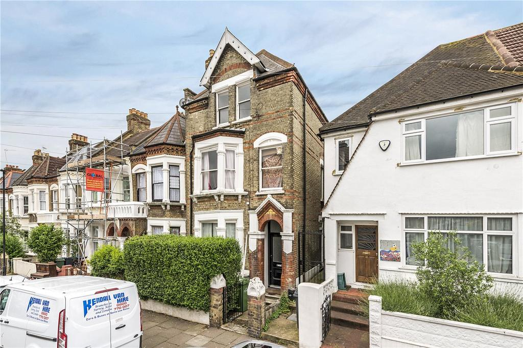 1 Bedroom Flat for sale in Craster Road, London, SW2