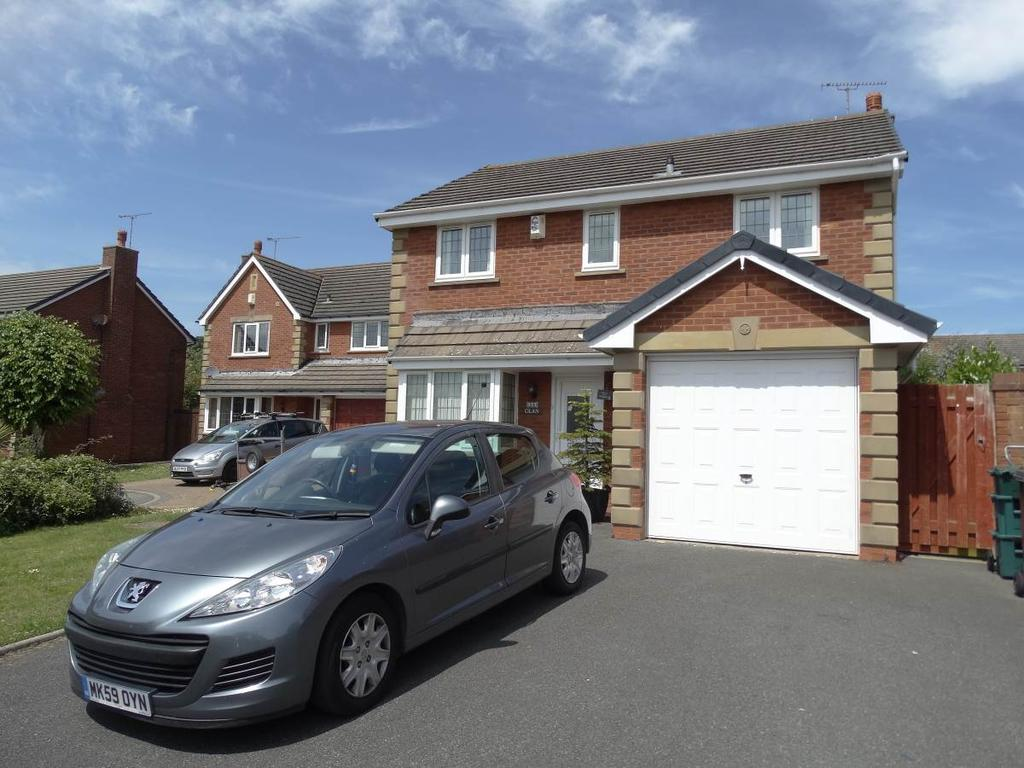 4 Bedrooms Detached House for sale in 30 Charleston Road, Penrhyn Bay, LL30 3HB
