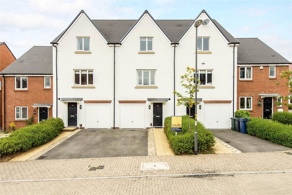 4 Bedrooms Terraced House for sale in The Bramblings, Amersham, Buckinghamshire, HP6