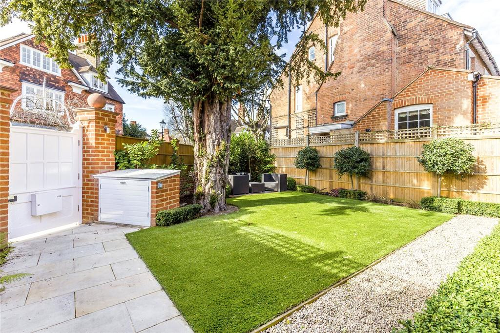3 Bedrooms Detached House for sale in Queen Annes Gardens, Bedford Park, London, W4