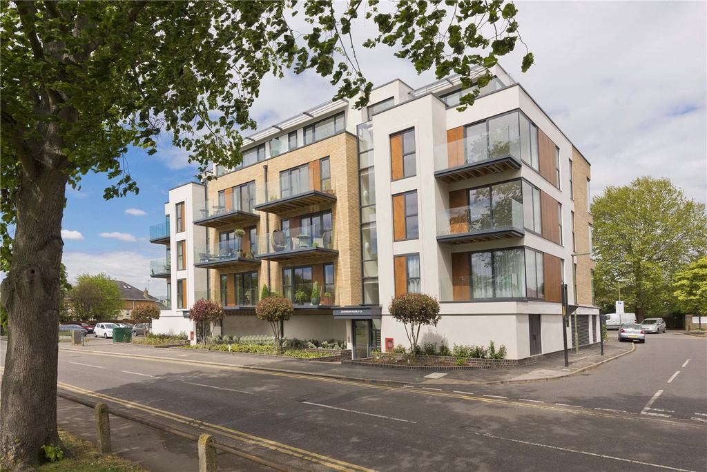 2 Bedrooms Flat for sale in 9-11 Queens Road, Hersham, Walton-on-Thames, Surrey, KT12
