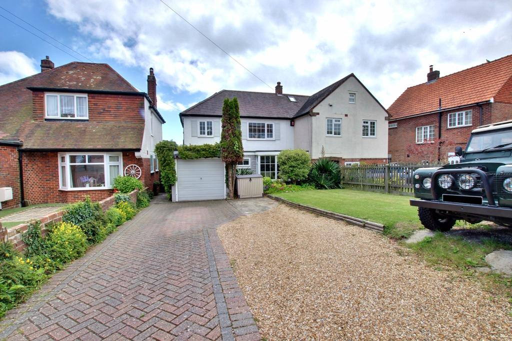 4 Bedrooms Semi Detached House for sale in Farlington