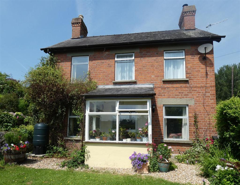 3 Bedrooms Detached House for sale in Glasbury on Wye