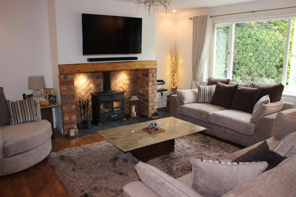 4 Bedrooms Link Detached House for sale in Newborough Close, Austrey, Atherstone