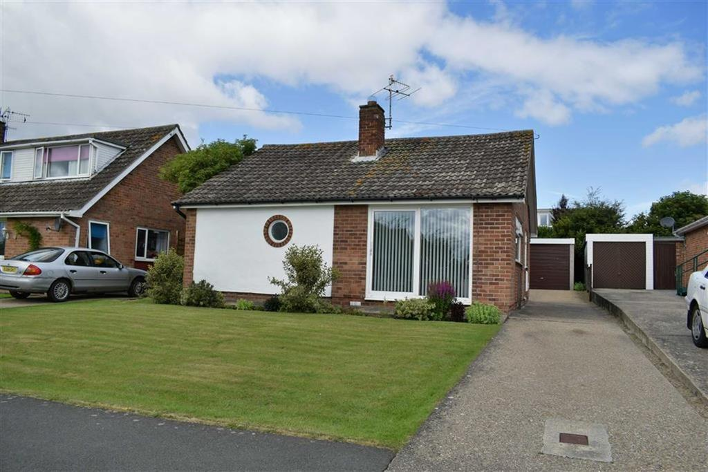 2 Bedrooms Detached Bungalow for sale in Osgodby Lane, Osgodby, North Yorkshire, YO11