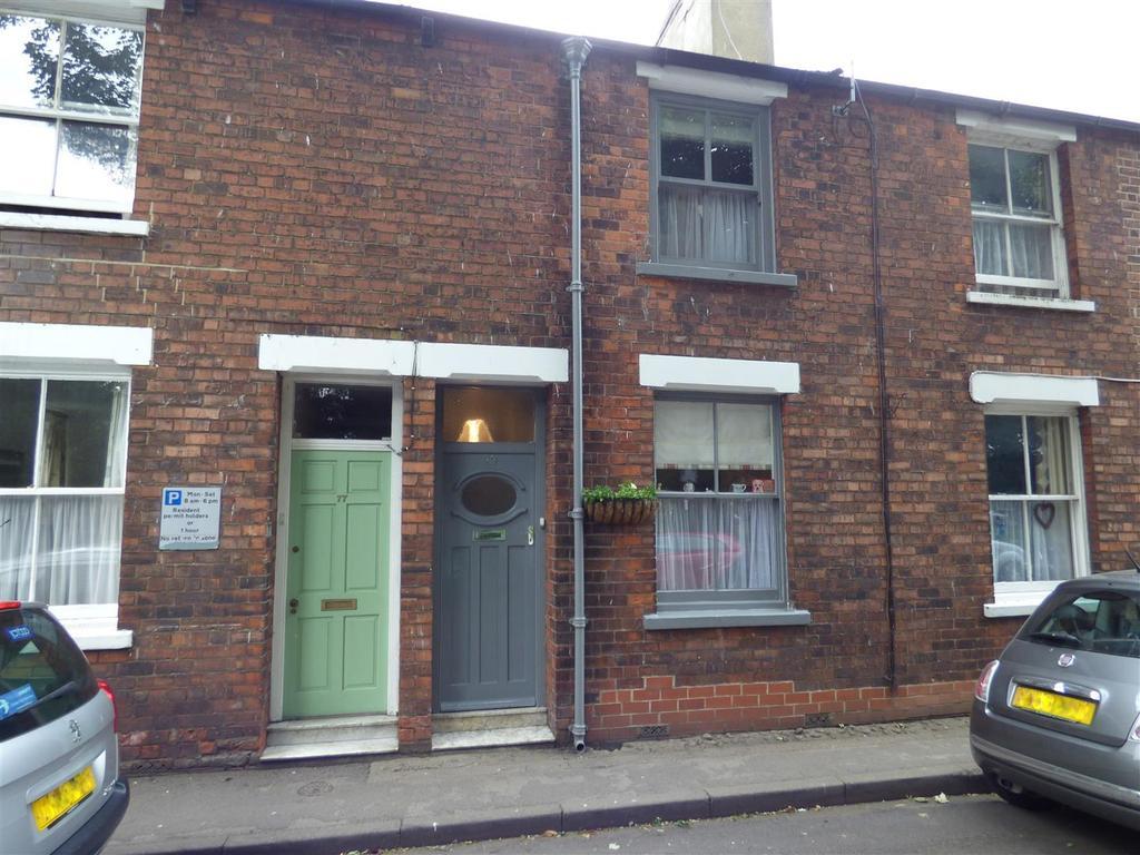 3 Bedrooms Terraced House for sale in 79 Lairgate, Beverley, East Yorkshire, HU17 8HN