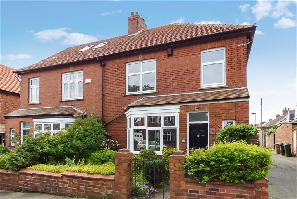 3 Bedrooms Terraced House for sale in Dene Road, Tynemouth