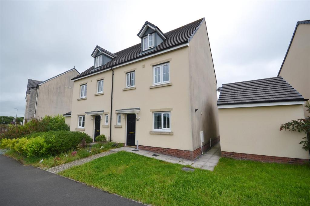 4 Bedrooms Semi Detached House for sale in Carway, Kidwelly