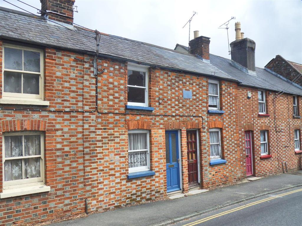 1 Bedroom House for sale in Carisbrooke High Street, Newport