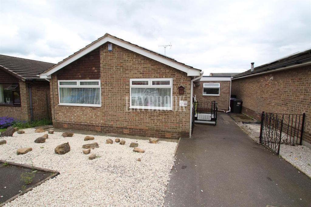 3 Bedrooms Bungalow for sale in Bentinck Drive, Clowne