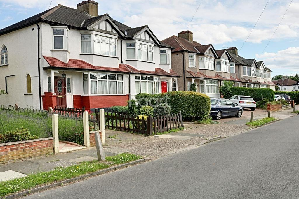 3 Bedrooms Semi Detached House for sale in Carlingford Road , SM4