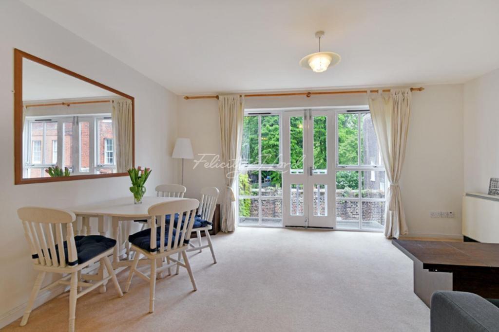 1 Bedroom Flat for sale in Cannon Street Road, London, E1