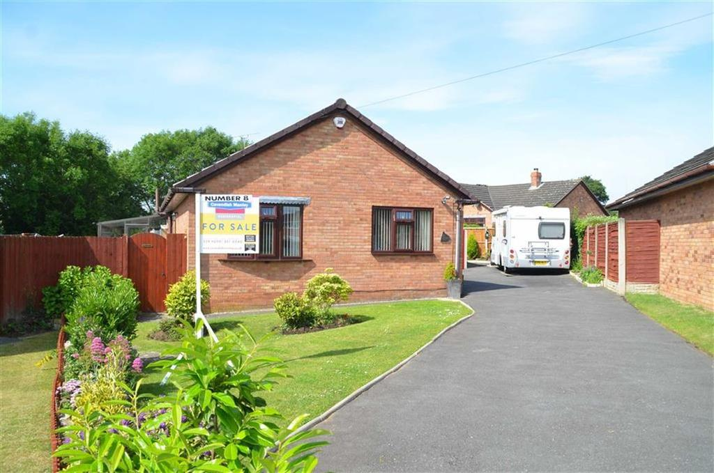 3 Bedrooms Detached Bungalow for sale in Woollam Drive, Little Sutton, CH66