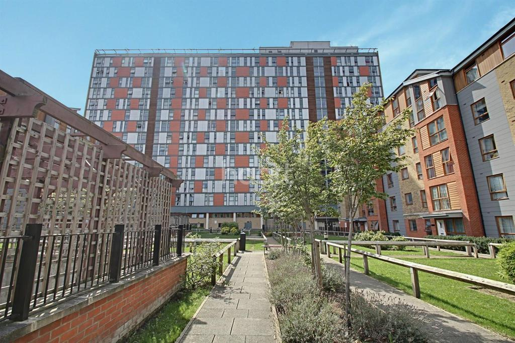 1 Bedroom Flat for sale in City House, London Road, Croydon, CR0