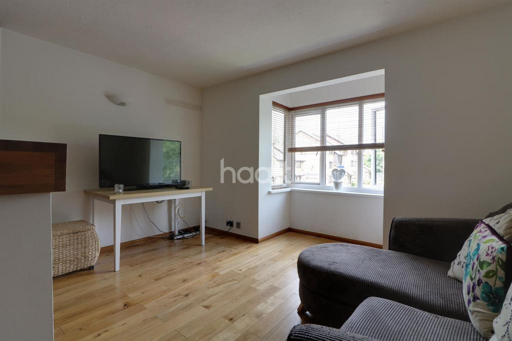 1 Bedroom Flat for sale in Harp Island Close, London