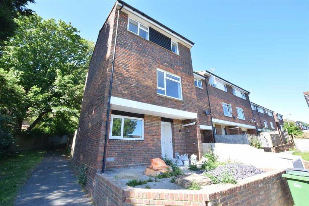 4 Bedrooms End Of Terrace House for sale in Norfolk Drive, St. Leonards-On-Sea