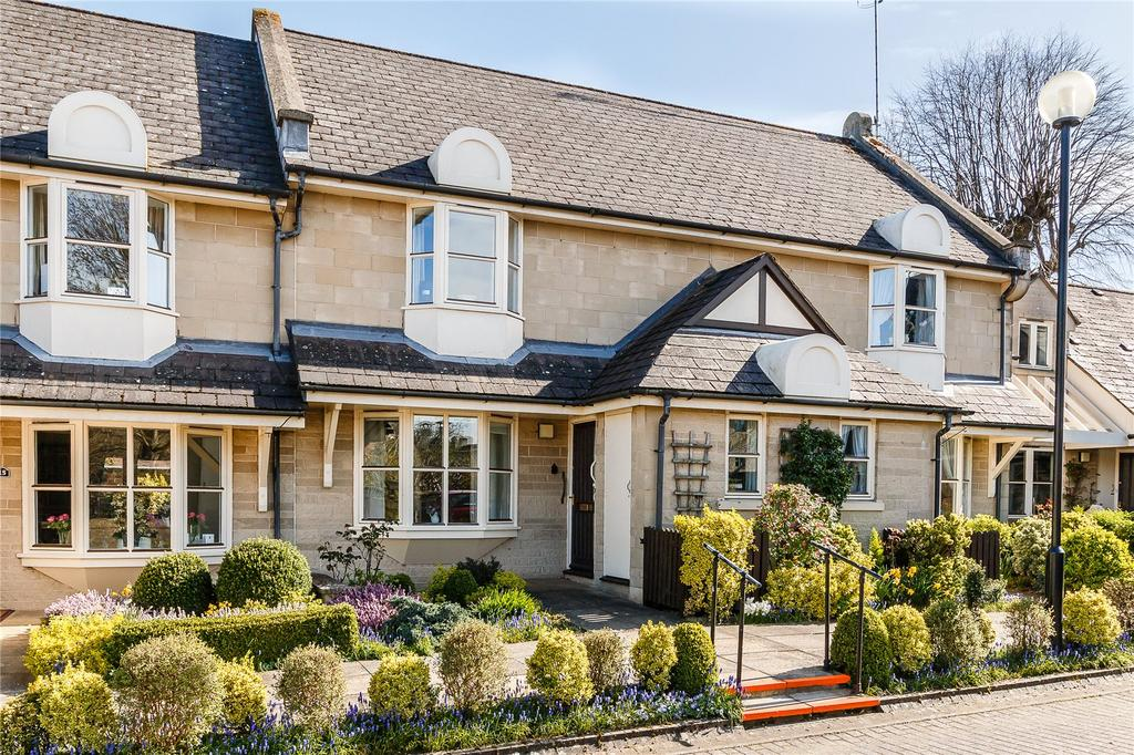 2 Bedrooms Terraced House for sale in Minerva Court, Tower Street, Cirencester, Gloucestershire