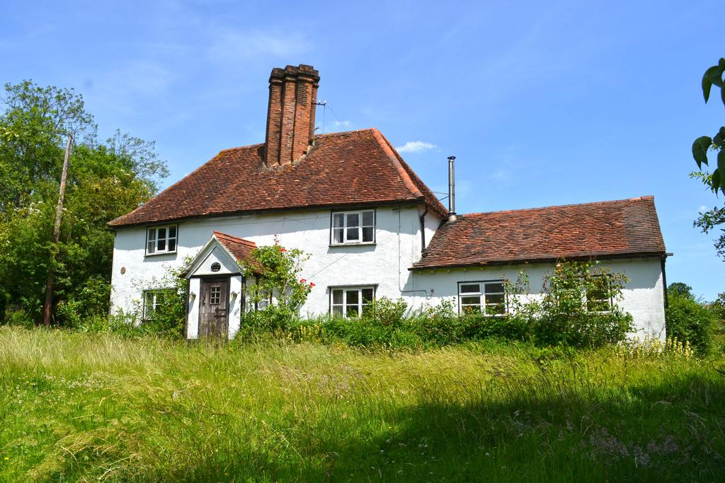 4 Bedrooms Detached House for sale in Back Lane, Nazeing EN9