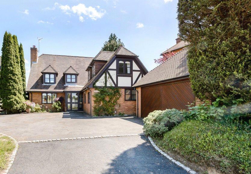 4 Bedrooms Detached House for sale in Guildford Road, Loxwood, Billingshurst, West Sussex