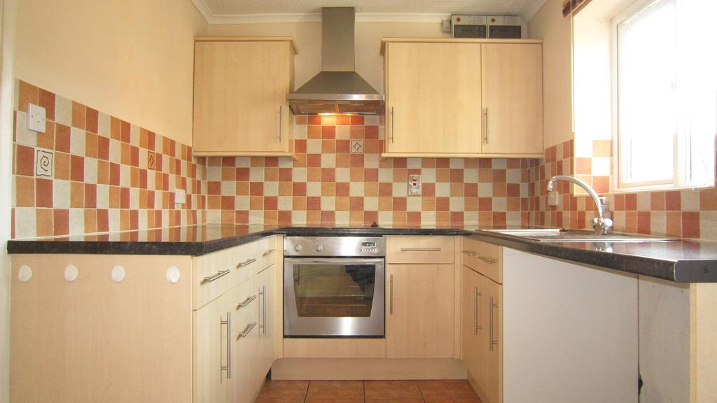 2 Bedrooms Terraced House for sale in Sixfield Close, Lincoln LN6