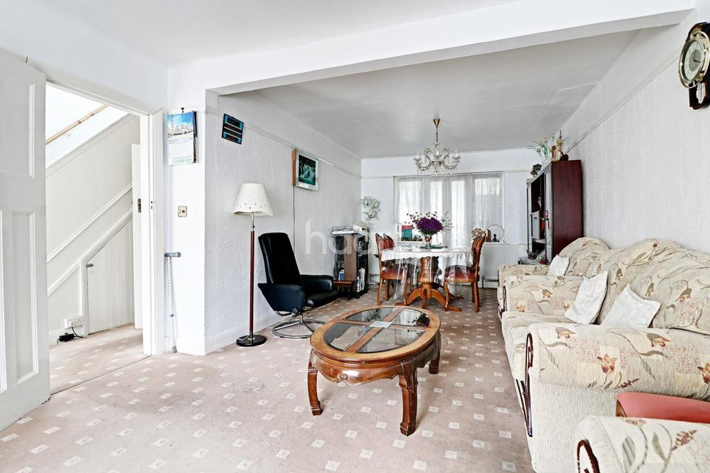 3 Bedrooms End Of Terrace House for sale in St Raphaels Way, Stonebridge Park