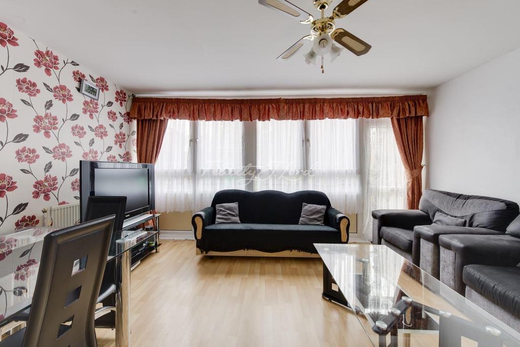 3 Bedrooms Flat for sale in Rounton Road, E3