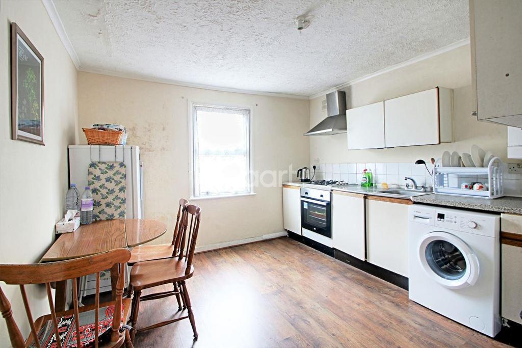1 Bedroom Flat for sale in Elm Road, London, E7